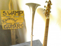 Expositie Swamp Recycled Guitars - Vincent Koning
